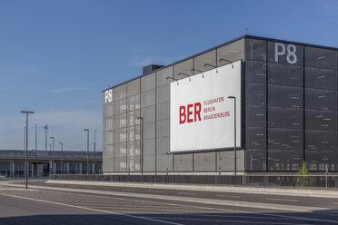 Germany, Berlin Brandenburg Airport, car park - NK000403