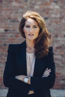 Portrait of confident businesswoman outdoors - CHAF001426