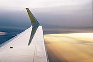 Wing of flyng airplane - GEMF000356