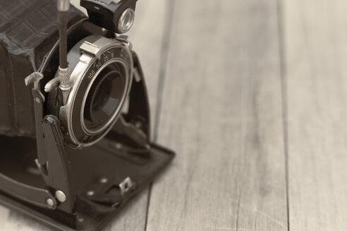 Old camera - ERLF000030