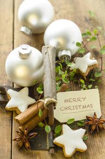 Christmas decoration with cinnamon stars - ODF001301