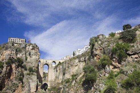 Spain, Andalusia, Ronda, Puente Nueve at El Tajo - ABOF000039