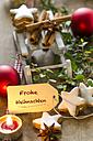 Christmas decoration with miniature sledge, tea light and cinnamon stars - ODF001303