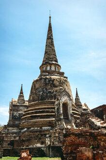 Thailand, Ayutthaya, view to temple Wat Phra Si Sanphet - EHF000238