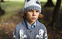 Portrait of angry boy wearing autumn fashion - MGOF000794