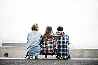 Three friends longboarding in the city - JRFF000101