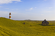 Germany, Sylt, house and lighthouse, dune - KLRF000191