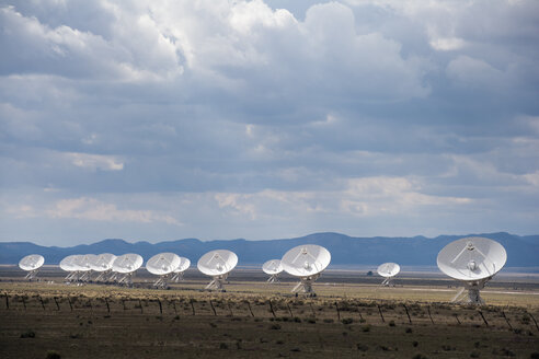 USA, New Mexico, Very Large Array radio astronomy observatory - NNF000243