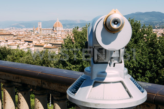 Italy, Florence, telescope at Piazzale Michelangelo viewpoint - GEMF000448