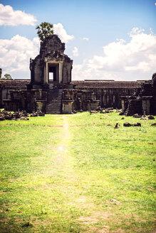 Cambodia, Siem Reap, Angkor Wat Temple - EHF000257