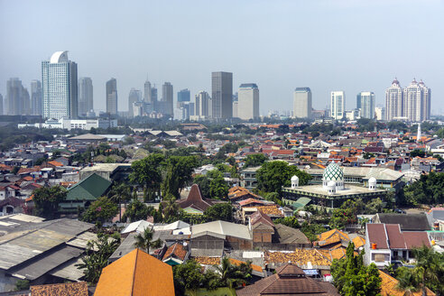 Indonesia, Jakarta, Cityview and deprived area - WE000361