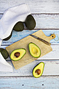 Whole and sliced avocado - LVF003976