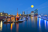 Germany, Harbour at full moon,  Elbphilharmonie and Hanseatic Trade Center in background - RJF000508