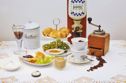 Coffee, fruit and pastries - JTF000696