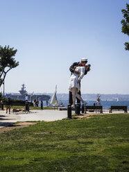 USA, San Diego, view to sculpture 'Unconditional Surrender' - SBD002318