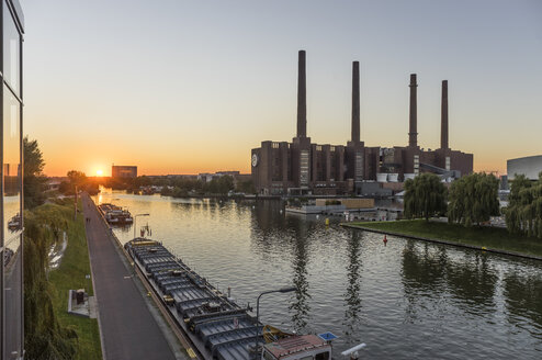Germany, Lower Saxony, Wolfsburg, Autostadt at sunset, combined heat and power station of Volkswagen - PVCF000697