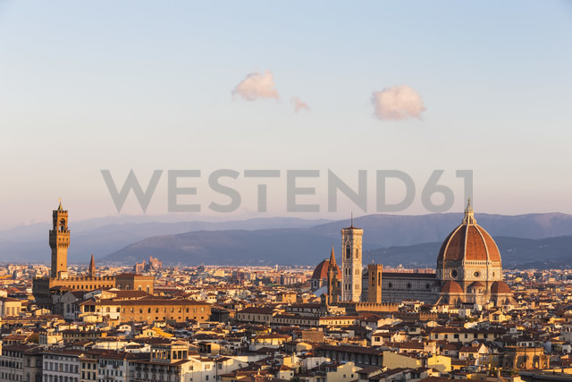 Italy, Tuscany, Florence, cityscape in the evening - FOF008291