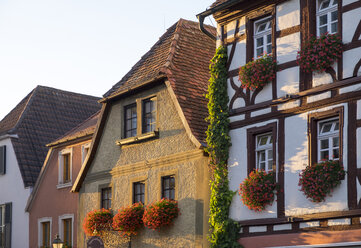 Germany, Lower Franconia, Volkach, Historical houses on the market place - SIEF006828