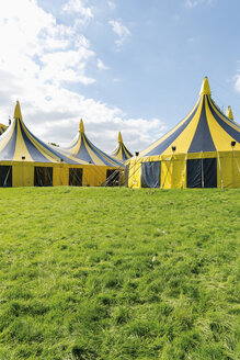 Germany, Duesseldorf, circus tents - VIF000434