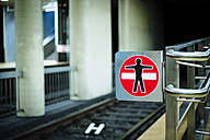 Prohibition sign at underground station platform - DASF000015