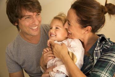 Happy family of three - TOYF001500