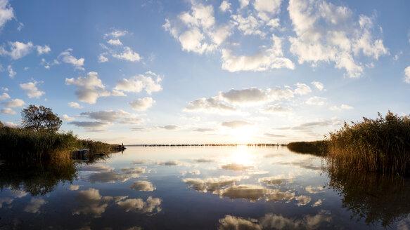 Germany, Mecklenburg-Western Pomerania, Ruegen Island, Glowe, Spyckerscher See at sunset - SEGF000425