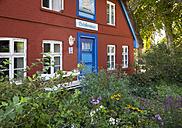 Germany, Mecklenburg-Western Pomerania,  Wustrow, house Schifferwiege - SIE006849