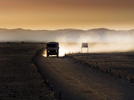 Africa, Namibia, Namib Desert, Landrover in Kulala Wilderness Reserve - AMF004406
