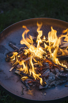 Fire in fire bowl - MYF001216