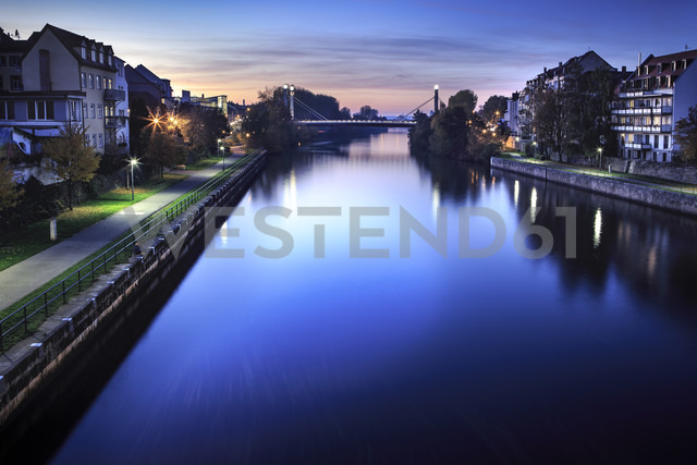 Germany, Bavaria, Franconia, Bamberg, Regnitz River at night - VT000487 - Val Thoermer/Westend61