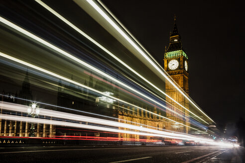 UK, London, view to lighted Big Ben by night - MAUF000082