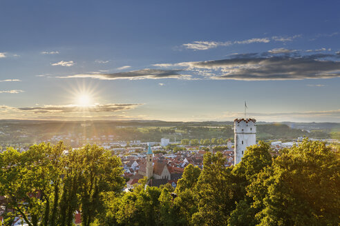 Germany, Baden-Wuerttemberg, Ravensburg, townscape with Mehlsack as seen from Veitsburg - SIEF006870