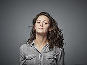 Portrait of confident brunette teenage girl - DISF002244