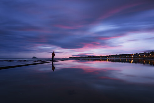 United Kingdom, Scotland, East Lothian, North Berwick at sunrise - SMAF000400