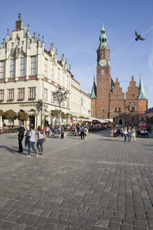 Poland, Wroclaw, Old Town Square, clock tower of Town Hall, historic city centre - ABO000057