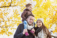 Happy family in autumnal park - HAPF000092