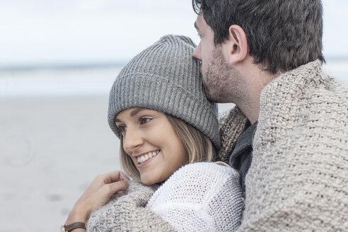 Happy couple on the beach - ZEF007705