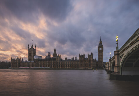 United Kingdom, England, London, Westminster Bridge and Westminster Palace - KEBF000324