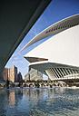 Spain, Valencia, Ciudad de las Artes y de las Ciencias, view to Palau de les Arts Reina Sofia - WW003877