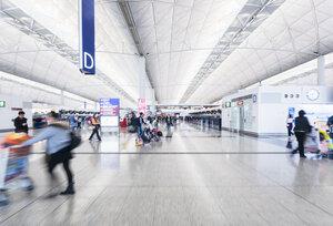 China, Hong Kong, Travellers at Hong Kong International Airport - HSI000382