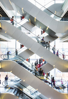 China, Hong Kong, Interior of a shopping mall - HSI000394