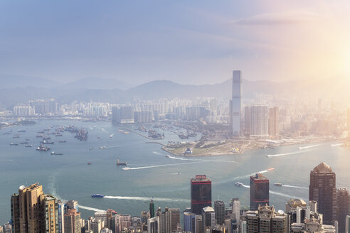 China, Hong Kong, Victoria Harbour and Kowloon - HSIF000409
