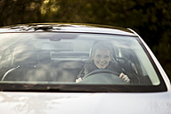 Woman in car - CHPF000190