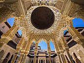 Spain, Andalusia, Granada, Alhambra, Patio de los Leones - AM004635