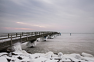 Germany, Mecklenburg-Western Pomerania, Ruegen, Sellin, view to pier in winter - ASCF000451
