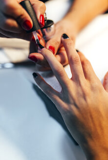 Nail grooming in beauty salon - MGOF001230