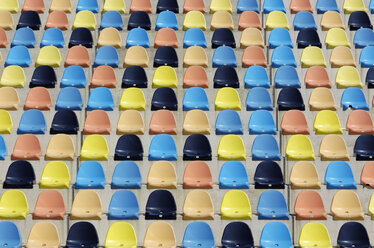 Colorful empty seats, grandstand - GUF000197