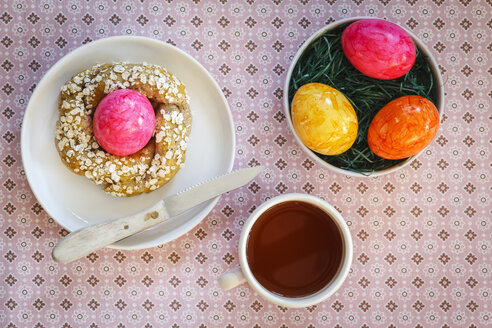 Easter Breakfast with coloured eggs - EVGF002662
