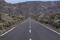 Spain, Canary Islands, Tenerife, Teide National Park, road - SIPF000062
