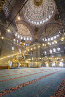 Turkey, Istanbul, indoor view of Sultan Ahmed Mosque - MDI000022